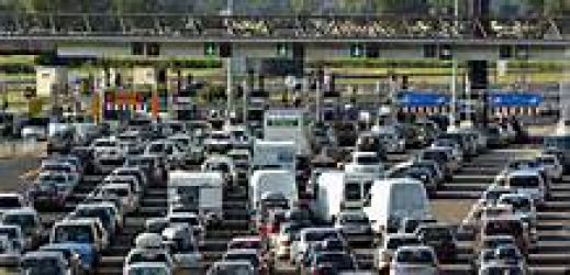 [Economie] Emmanuel Macron veut poser une limite aux prix des péages autoroutiers